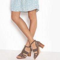 Sandalias de piel con tacón redondo
