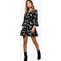 Comprar Floral Ruffle Tea Dress
