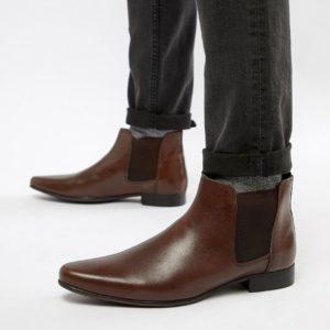 Comprar Botas Chelsea de cuero marrón con lengüeta en la parte posterior de ASOS