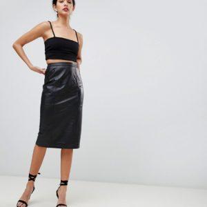 Comprar Falda de tubo a media pierna de cuero de ASOS DESIGN