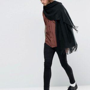 Comprar Bufanda tipo manta en negro de ASOS