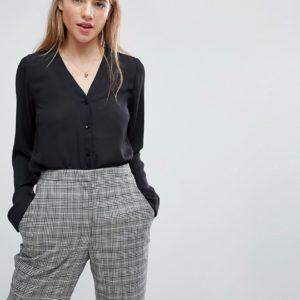 Comprar Blusa con cuello en V de ASOS DESIGN