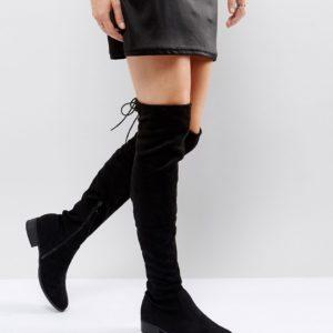 Comprar Botas planas por encima de la rodilla negras Elle de Public Desire