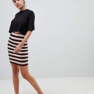Comprar Falda a media pierna con diseño a rayas Himle de Only