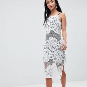 Comprar Vestido columna de encaje con forro en contraste de ASOS PETITE