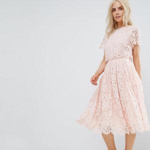 Comprar Vestido de graduación a media pierna con top corto de encaje de ASOS PETITE