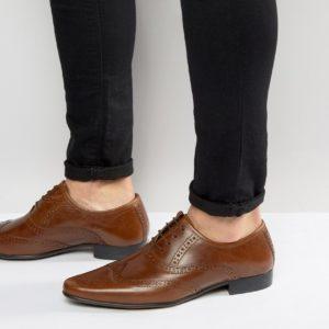 Comprar Zapatos Oxford de cuero tostado tostado de ASOS DESIGN