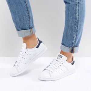 Comprar Zapatillas de deporte en blanco y azul marino Stan Smith de adidas Originals