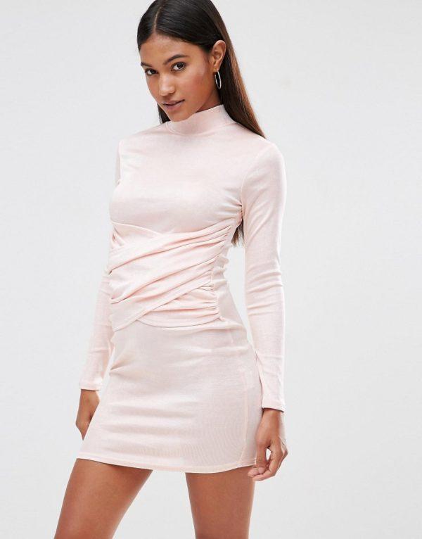 Comprar Vestido ajustado con cuello alto y detalle de parte delantera cruzada de Club L