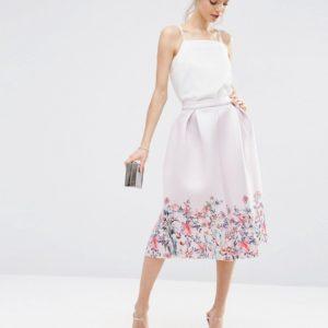 Comprar Falda de graduación de neopreno con estampado floral en los bordes de ASOS