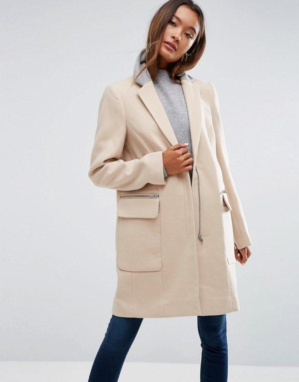 Comprar Abrigo de corte clásico con cuello en contraste de ASOS