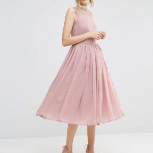 Comprar Vestido de graduación a media pierna en tejido suave de ASOS