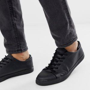 Comprar Zapatillas de deporte en material vegano en negro con puntera de ASOS DESIGN