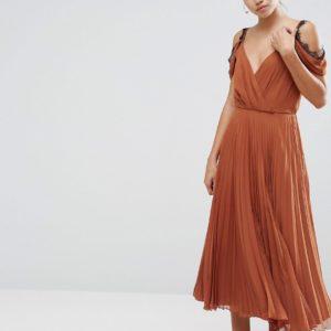 Comprar Vestido de falda skater midi con ribete de encaje de ASOS