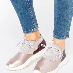 Comprar Zapatillas de deporte en rosa sombra Tubular de adidas Originals