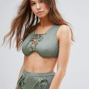 Comprar Top de bikini con ojales y cordones de malla de canalé de ASOS DESIGN FULLER BUST