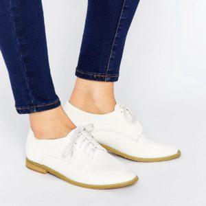 Comprar Zapatos planos con cordones en blanco Hannah de Lost Ink