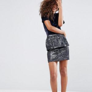 Comprar Minifalda muy corta de jacquard animal de ASOS TALL