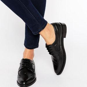 Comprar Zapatos Oxford de cuero MAI de ASOS