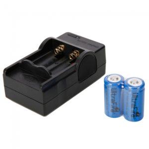 4.2V 600mAh Cargador + 2pcs UItraFire 16340 3.7V bater¨ªa de litio
